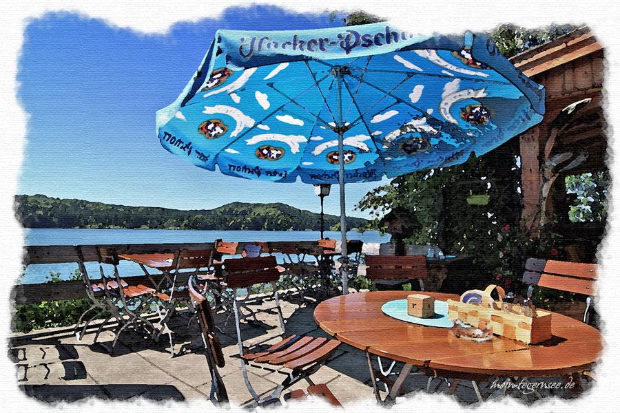 Die Terrasse am Gasthaus Seehamer See.