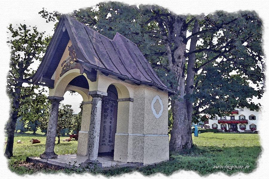 Die Kriegergedächtniskapelle im Ortsteil Schweinthal in Miesbach.