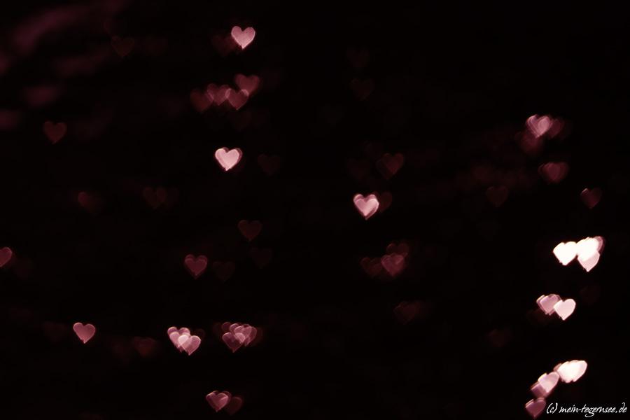 Dunkelrot und doch leichten Herzens